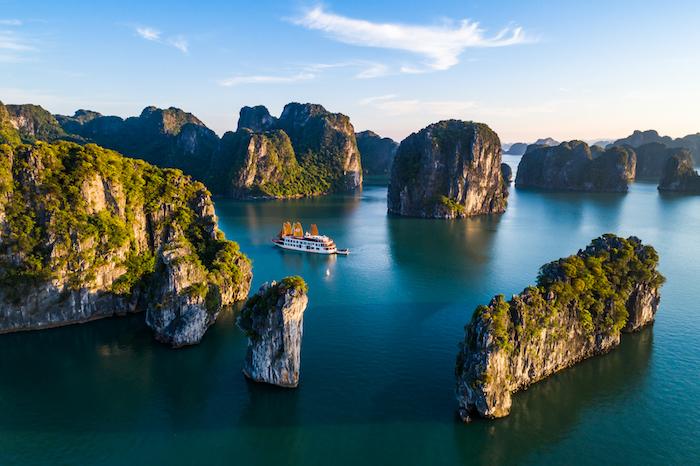 Hạ Long lọt danh sách 25 địa điểm đẹp nhất thế giới 2
