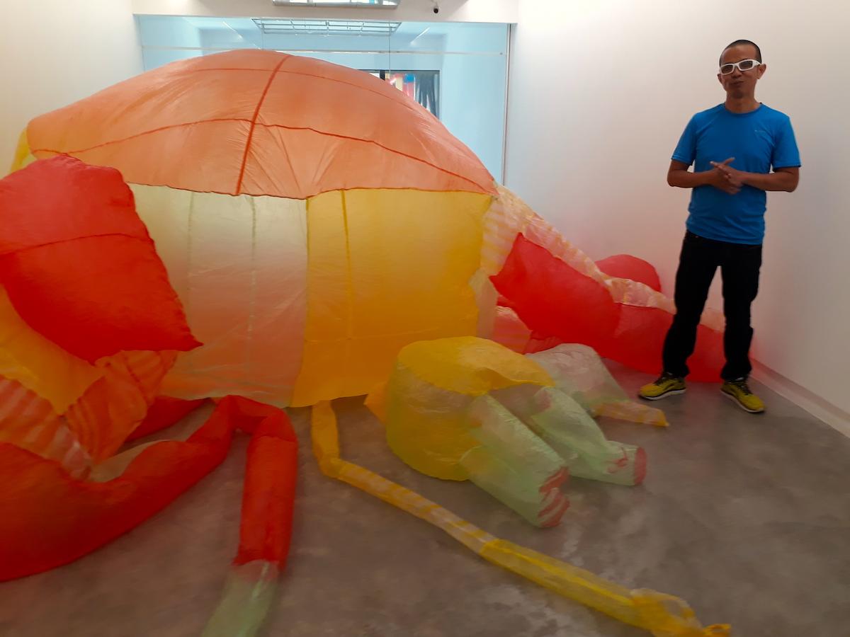 Nghệ sĩ Ưu Đàm: Khắc hoạ 'con rắn độc' đang bủa vây con người 1