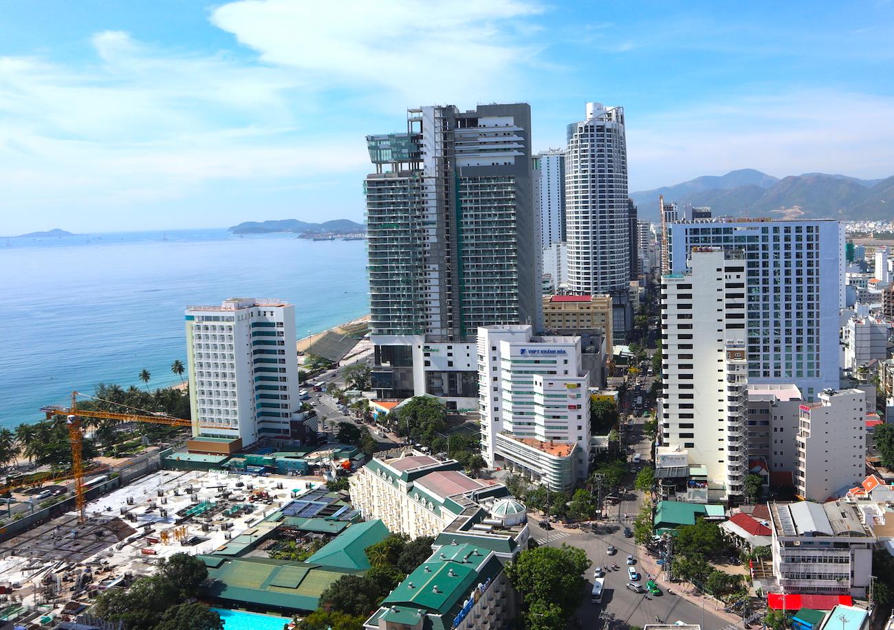 Những hình ảnh khó tin của phố biển Nha Trang 2