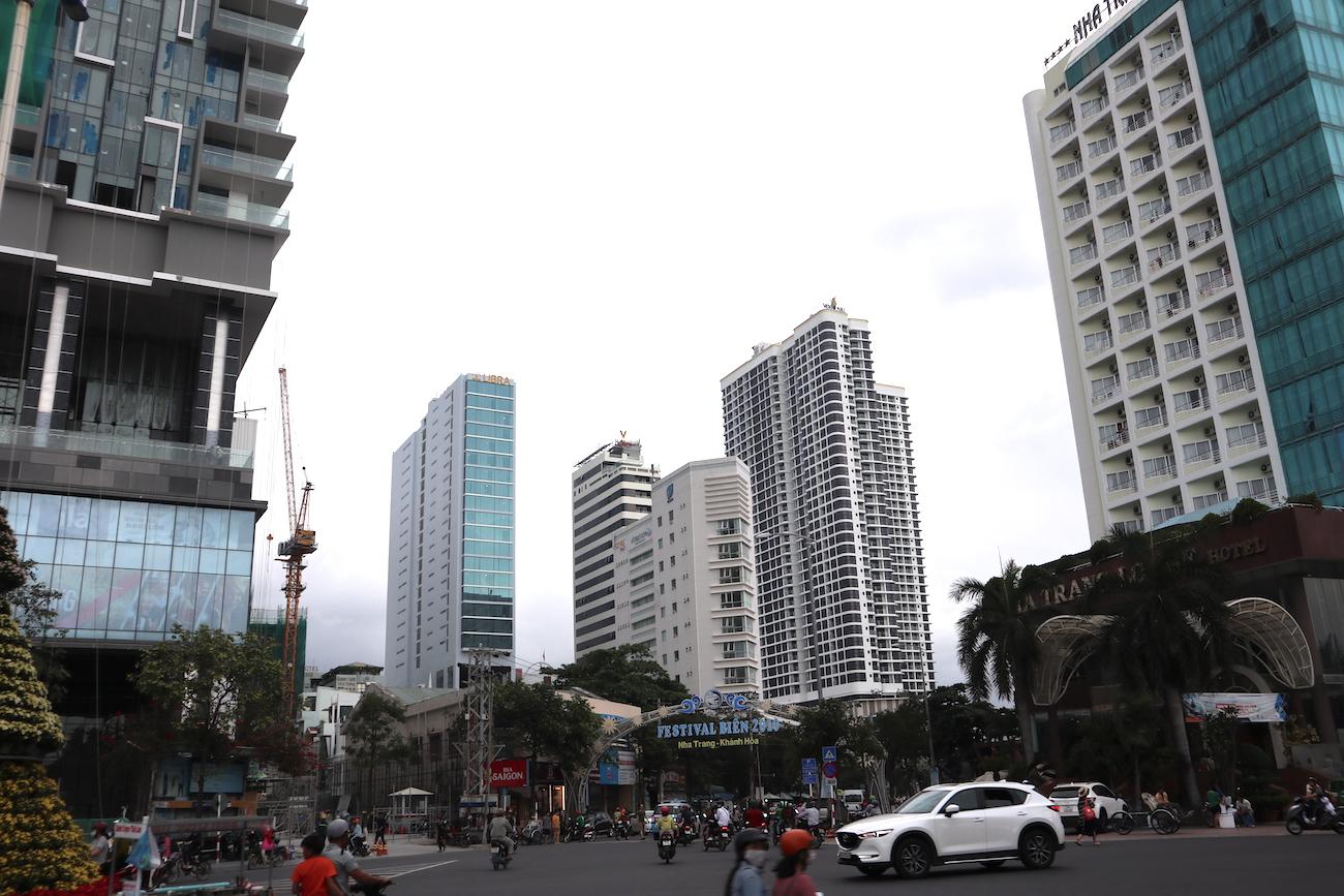 Những hình ảnh khó tin của phố biển Nha Trang 6