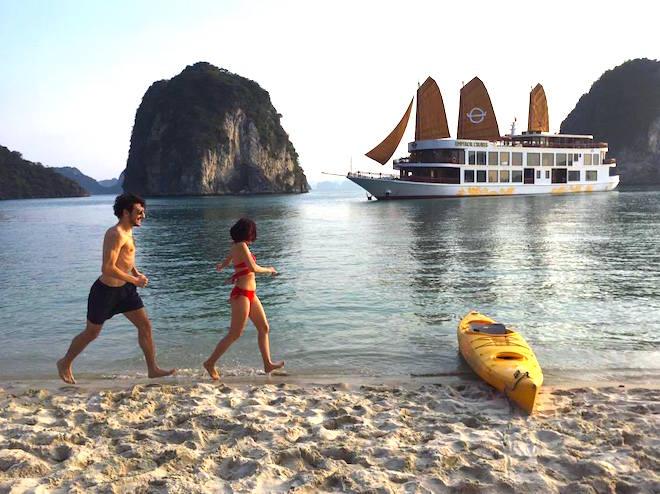 Xung đột quan điểm về miễn thị thực cho du khách nước ngoài