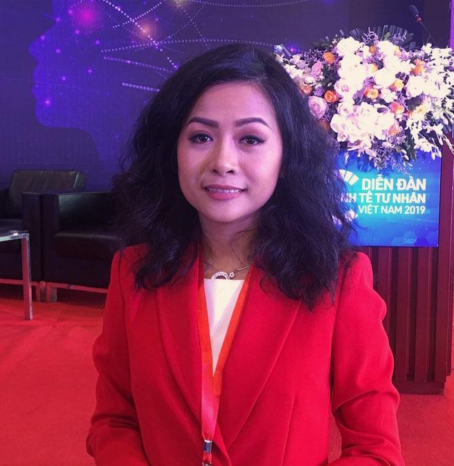 Ái nữ nhà Dr Thanh: Thoát khỏi cái bóng con ông chủ