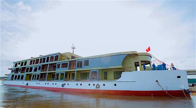 Viết tiếp giấc mơ của 'vua tàu thuỷ' Bạch Thái Bưởi trên vịnh Hạ Long
