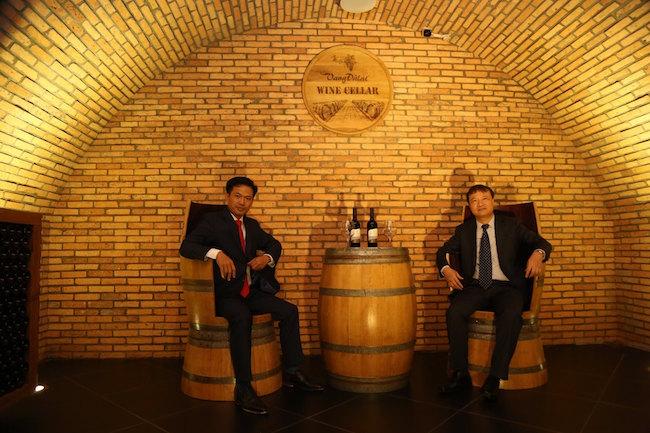 Khám phá hầm rượu vang chuẩn Châu Âu ở Đà Lạt 2