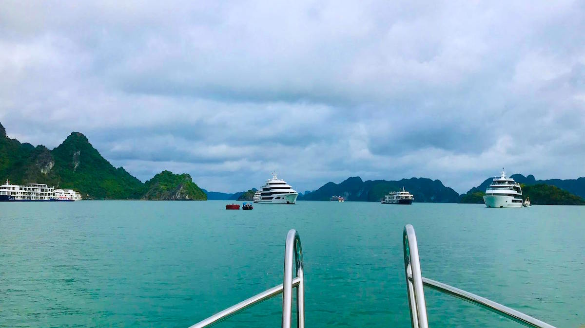 10 điều thú vị khiến du khách thích khám phá vịnh Lan Hạ hơn vịnh Hạ Long 6