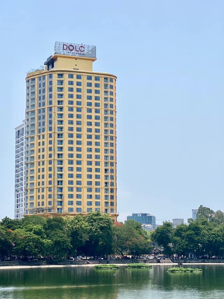 Chiêm ngưỡng khách sạn phủ vàng từ chân đế tới nóc sắp khai trương ở Hà Nội