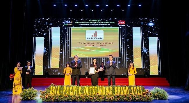 Với tiềm lực mạnh cùng chiến lược kinh doanh sáng tạo trong mùa dịch, Hải Phát Land đã vượt qua nhiều đối thủ để lọt Top 10 thương hiệu tiêu biểu Châu Á Thái Bình Dương năm 2021.