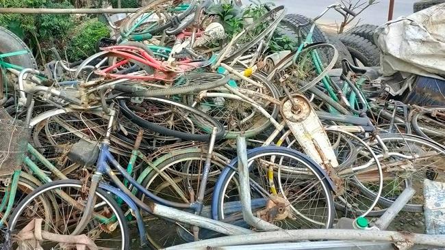 Hành trình hồi sinh những chiếc xe đạp cũ