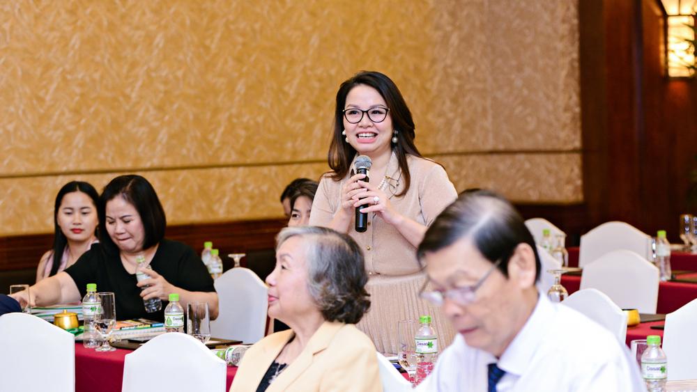 Những gương mặt doanh nhân gia đình hai thế hệ cùng đối thoại về quản trị doanh nghiệp 12