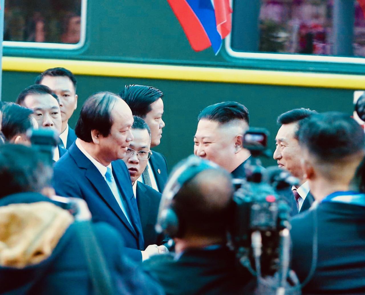 Những hình ảnh đầu tiên của Chủ tịch Triều Tiên Kim Jong-un tại Việt Nam 5