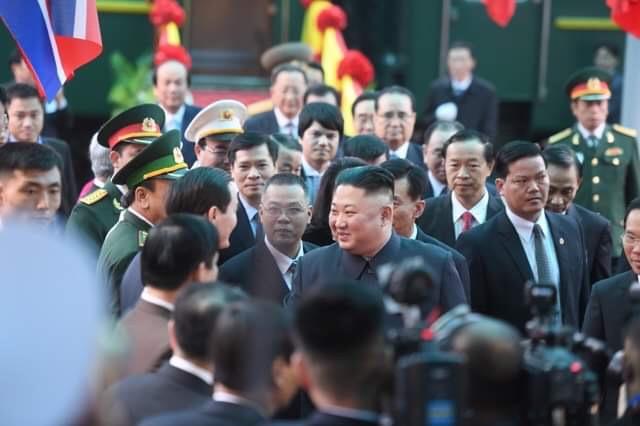 Những hình ảnh đầu tiên của Chủ tịch Triều Tiên Kim Jong-un tại Việt Nam 9