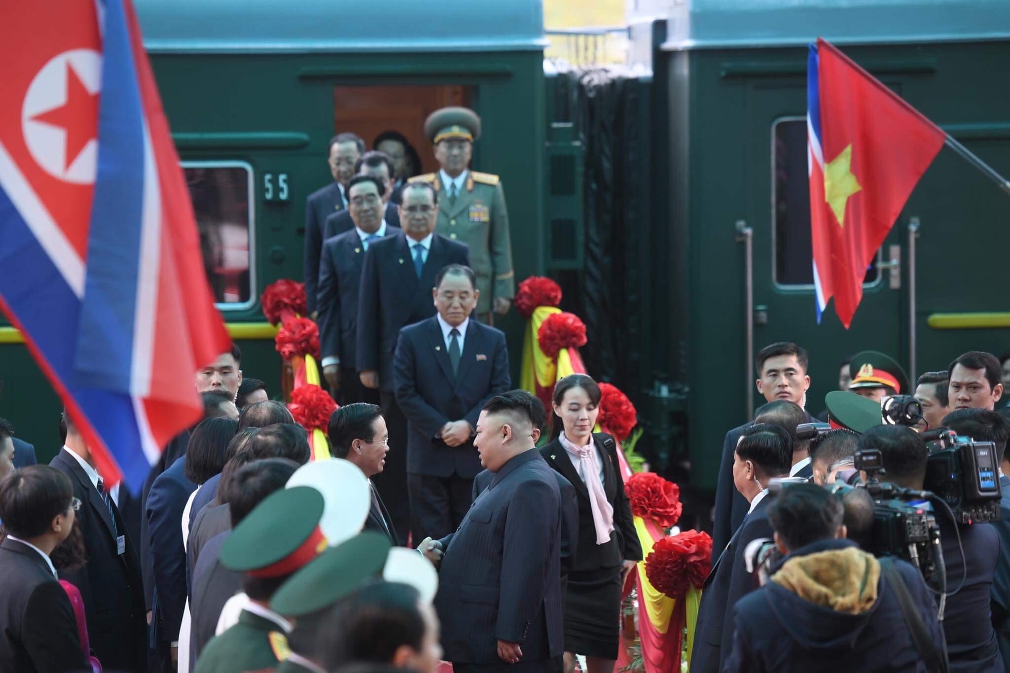 Những hình ảnh đầu tiên của Chủ tịch Triều Tiên Kim Jong-un tại Việt Nam 4