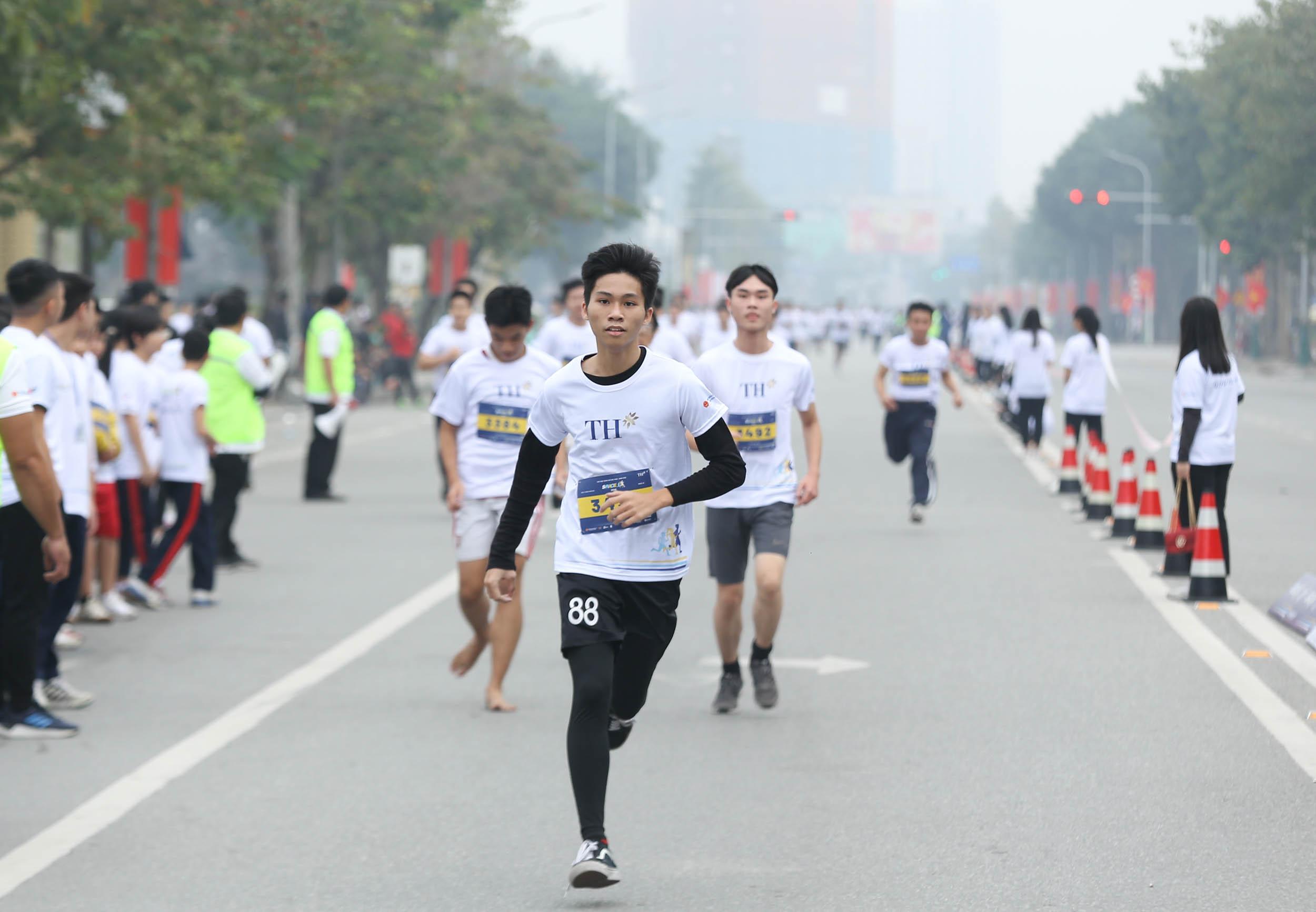 Giải chạy S-Race truyền cảm hứng cho học sinh sinh viên rèn luyện thể thao 4