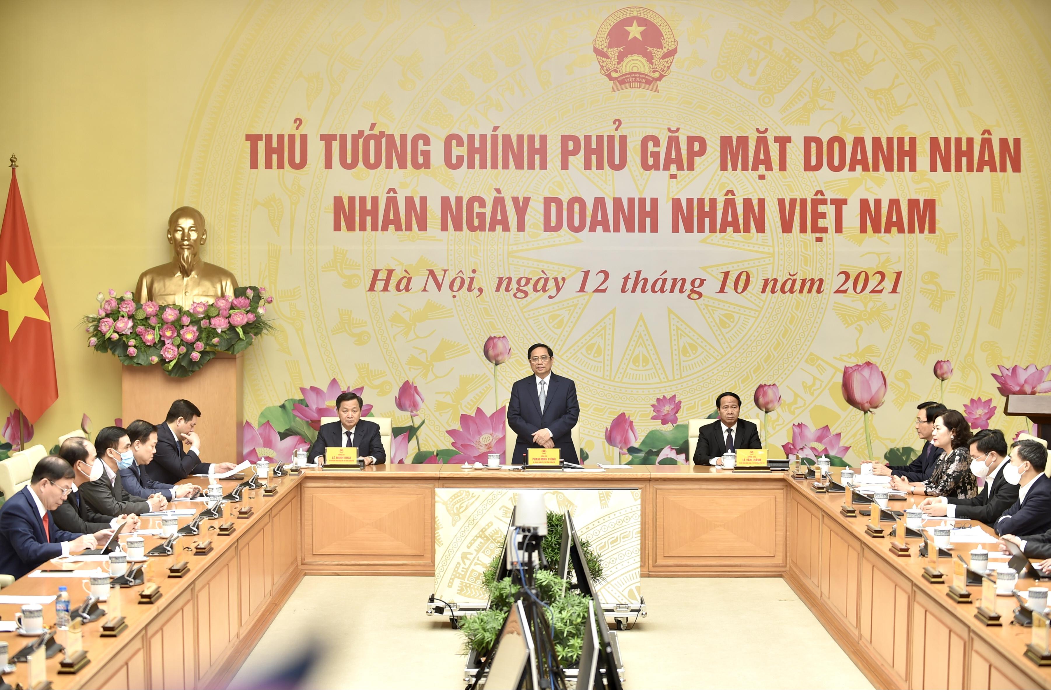 Nhà Sáng lập Tập đoàn TH: 'Hình ảnh Thủ tướng đẫm mồ hôi chỉ đạo chống dịch đánh thức tinh thần doanh nhân'