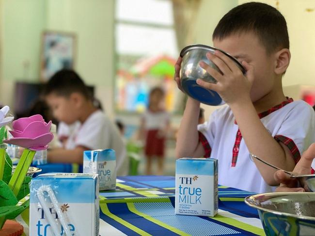 Tập đoàn TH đồng hành với Chính phủ trên hành trình chăm lo sức khỏe học đường cho trẻ em Việt Nam 2