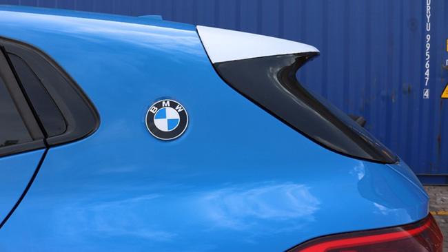 Cận cảnh BMW X2 lần đầu tiên xuất hiện tại Việt Nam