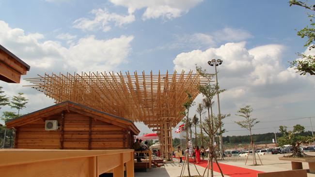 Khám phá khu phức hợp cung ứng ngành gỗ lớn nhất miền Nam