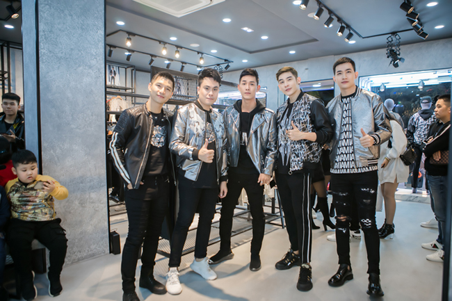 Nhà thiết kế Chung Thanh Phong: Lợi thế cạnh tranh của Meuw Menswear chính là size số được hiệu chỉnh phù hợp với người Việt 1