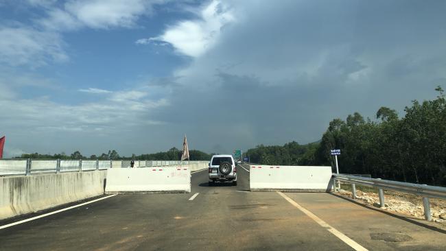 Cận cảnh cao tốc Đà Nẵng - Quảng Ngãi trước ngày thông xe 1