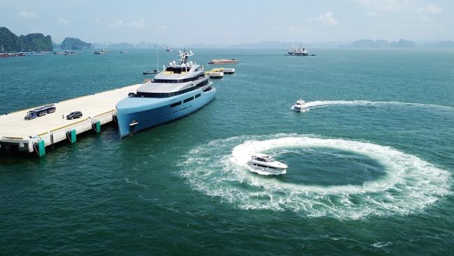 Siêu du thuyền 150 triệu USD của ông chủ CLB Tottenham tại vịnh Hạ Long 3