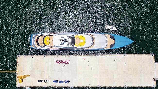 Siêu du thuyền 150 triệu USD của ông chủ CLB Tottenham tại vịnh Hạ Long 4
