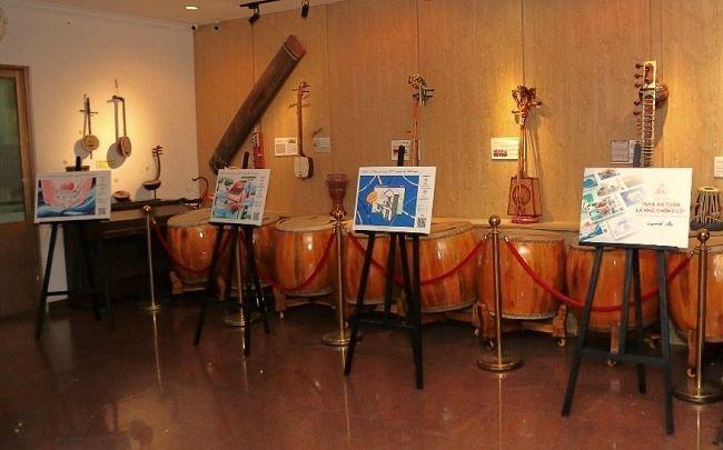 Chương trình nghệ thuật gây quỹ ủng hộ miền Trung