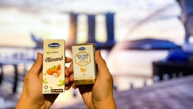 Vinamilk tấn công thị trường Singapore với dòng sản phẩm cao cấp