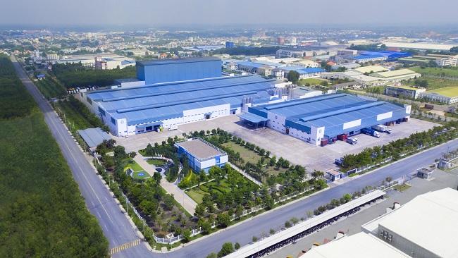 Với 13 nhà máy hiện đại, Vinamilk có thể sản xuất hơn 28 triệu hộp sữa nước mỗi ngày 2