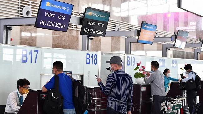 Các hãng hàng không triển khai hỗ trợ khách bị ảnh hưởng do dịch bệnh Covid-19