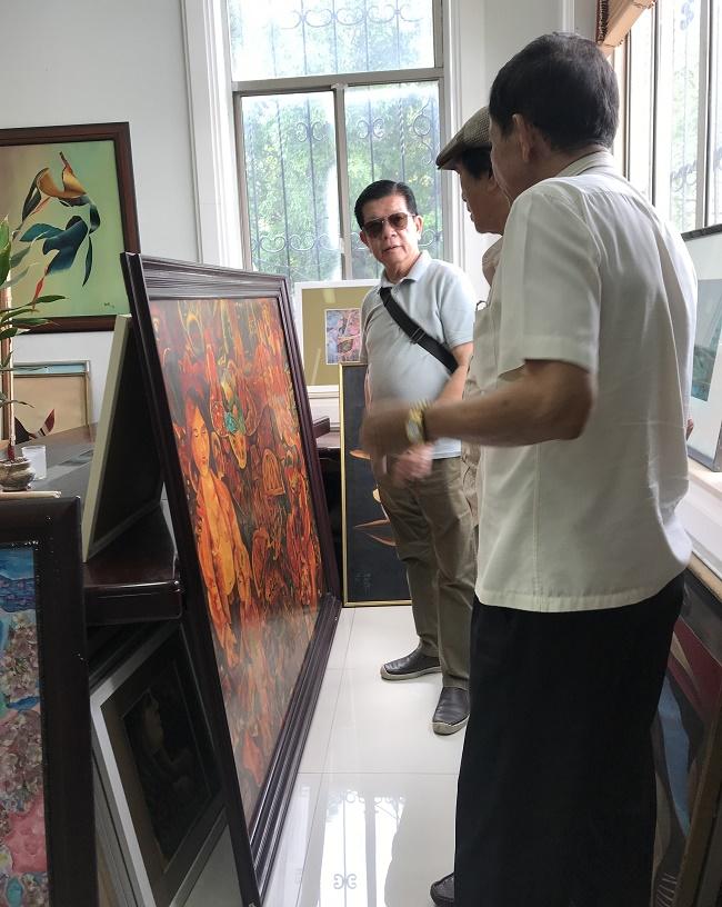 Đỗ Long, Chủ tịch Bitas': Viết báo, sưu tập tranh và gặp gỡ bạn bè giúp tôi cân bằng trở lại
