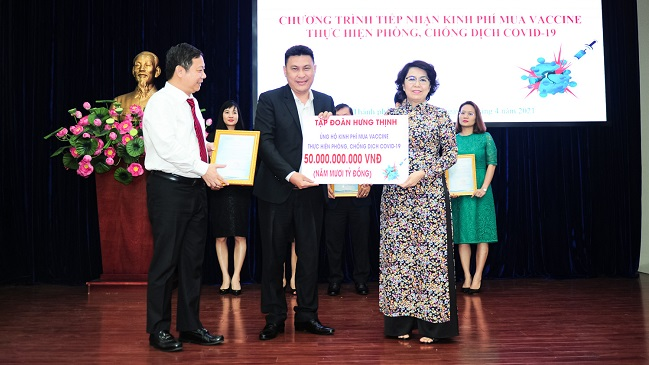Tập đoàn Hưng Thịnh tài trợ 50 tỷ đồng mua vắc-xin Covid-19